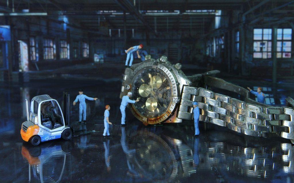 腕時計 維持費
